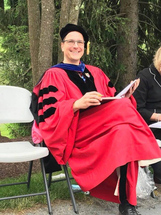 Dr.+Roellke+preparing+to+read+names+at+Vassar%27s+commencement.+Photo+courtesy+of+Christopher+Roellke%2C+Ph.D.