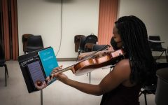 Music student Zaria Graves ('22) practices in Presser Hall.